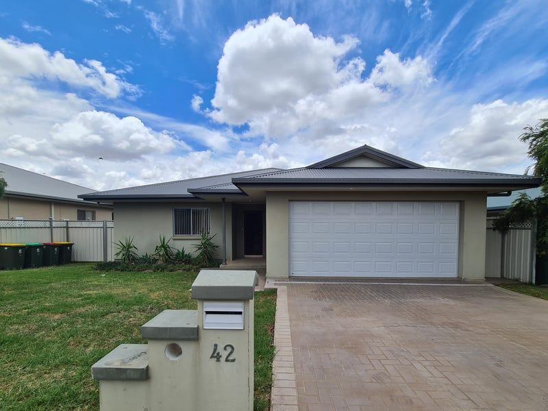 42 Best Street, Parkes, NSW 2870