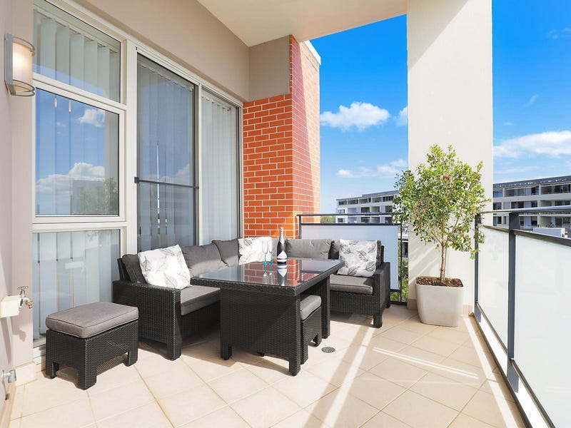676/4 The Crescent, Wentworth Point, NSW 2127