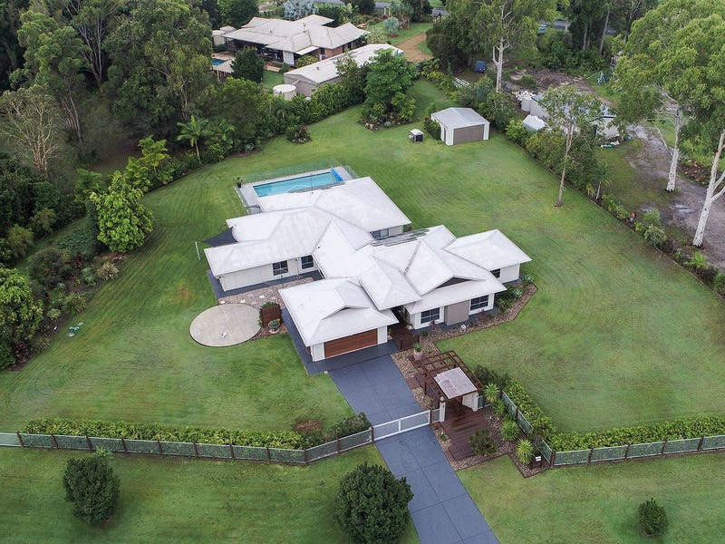4 Exford Court, Cooroibah, Qld 4565