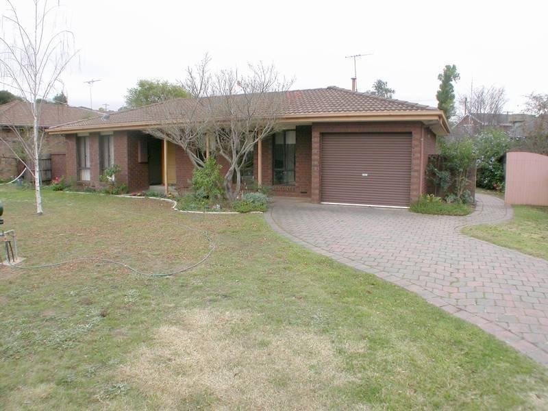 14 Margaret Drive, Bacchus Marsh, Vic 3340