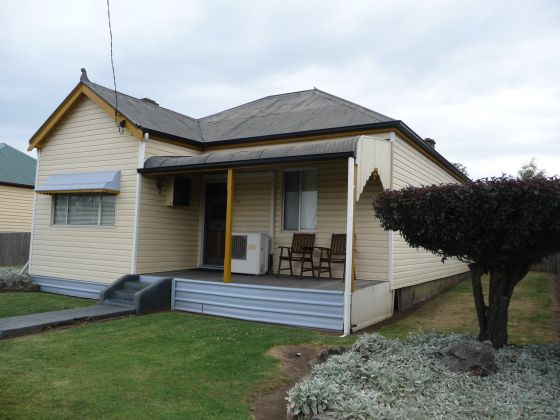 27 Church Street, Glen Innes, NSW 2370