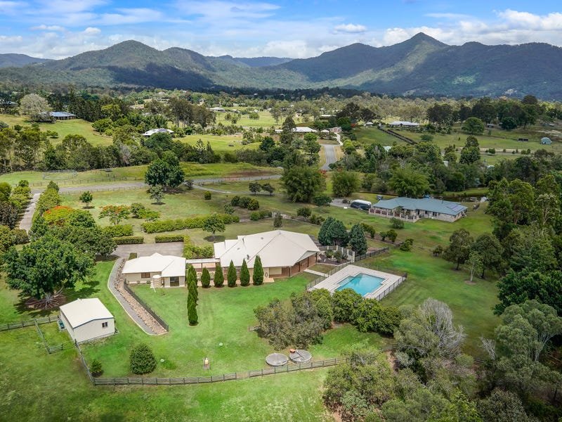 5 Range View Drive, Mount Samson, Qld 4520