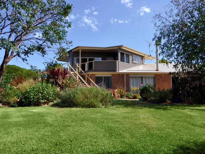 8 Ocean Park Drive, Apollo Bay, Vic 3233
