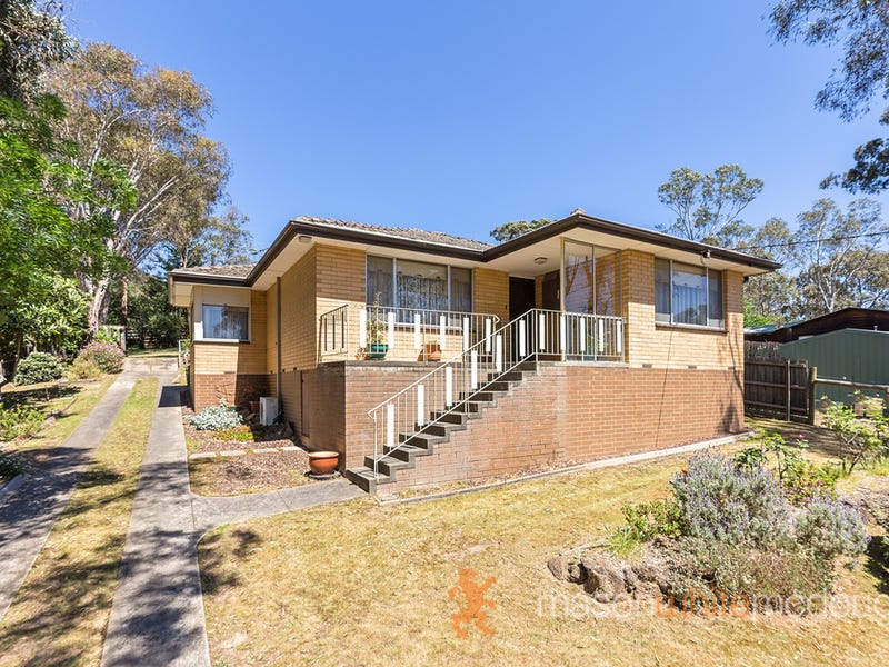 21 Warrington Crescent, Wattle Glen, Vic 3096