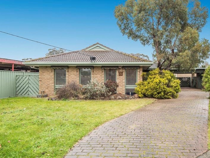 31 Bridgeford Crescent, Melton South, Vic 3338