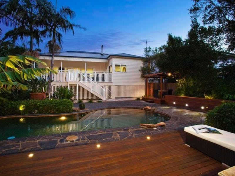 17 The Waves, Thirroul, NSW 2515