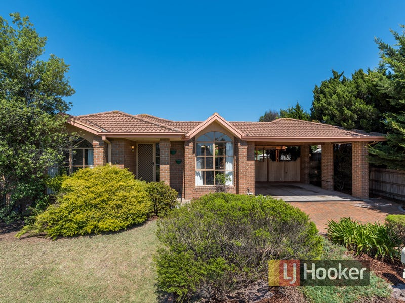 22 Dewsbury Court, Narre Warren South, Vic 3805