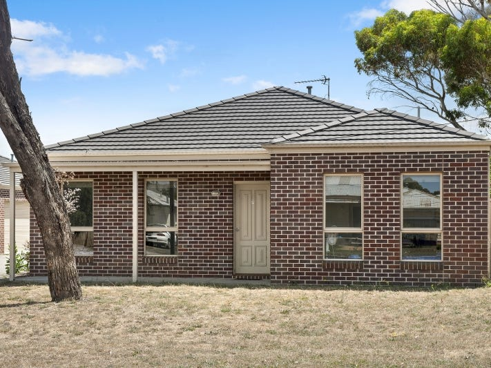 7/18 Gale Street, Canadian, Vic 3350
