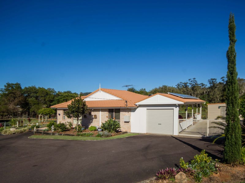 16 Outlook Drive, Glass House Mountains, Qld 4518