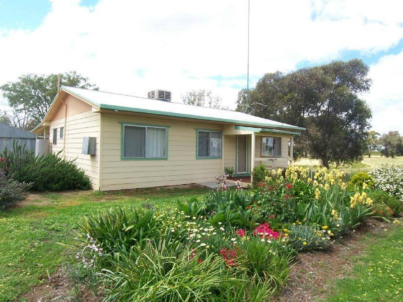 """BLAND PARK"" DUDAUMAN STREET, Cootamundra, NSW 2590"