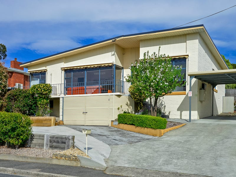19 Banawarra Road, Geilston Bay, Tas 7015