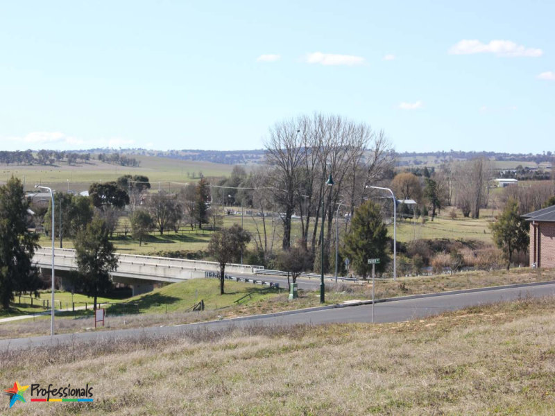 15  Parer Road, Bathurst, NSW 2795