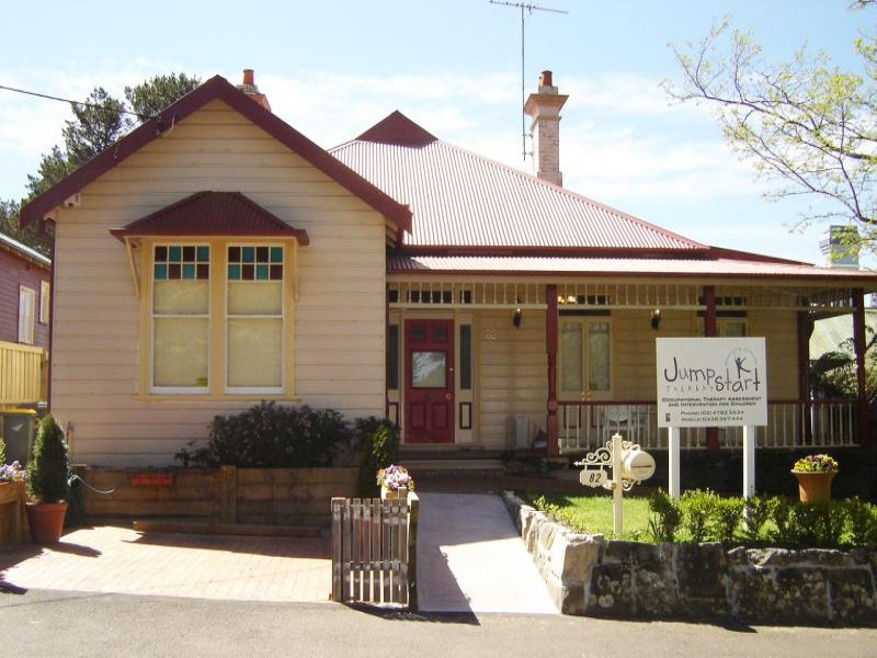 82 Waratah St, Katoomba, NSW 2780