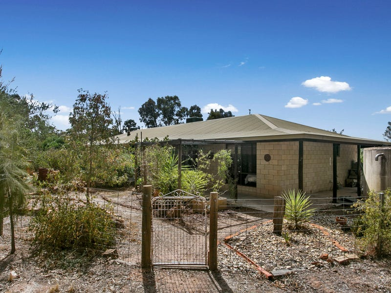 84 Tomas Road, Myers Flat, Vic 3556