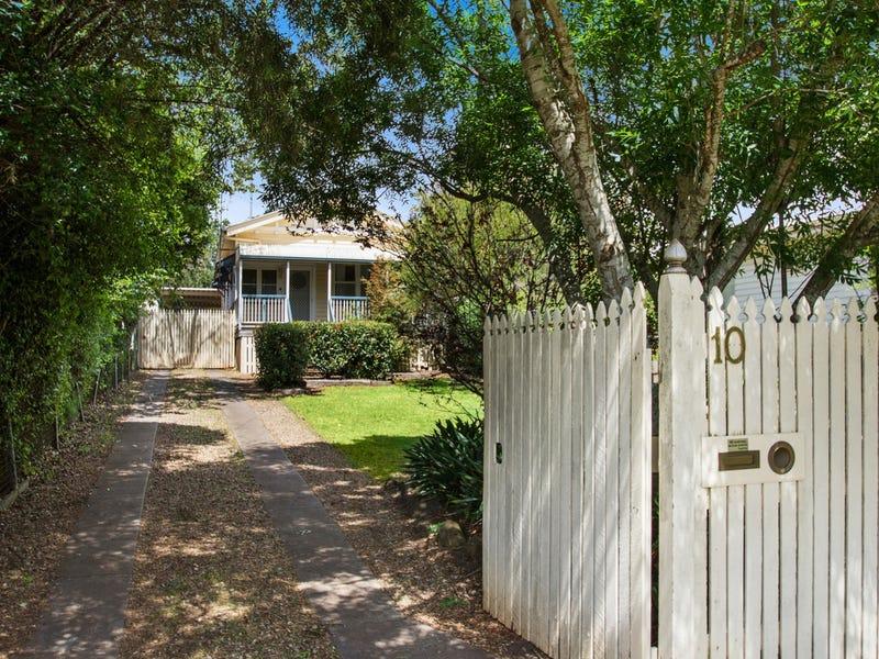10 Haig Street, South Toowoomba, Qld 4350
