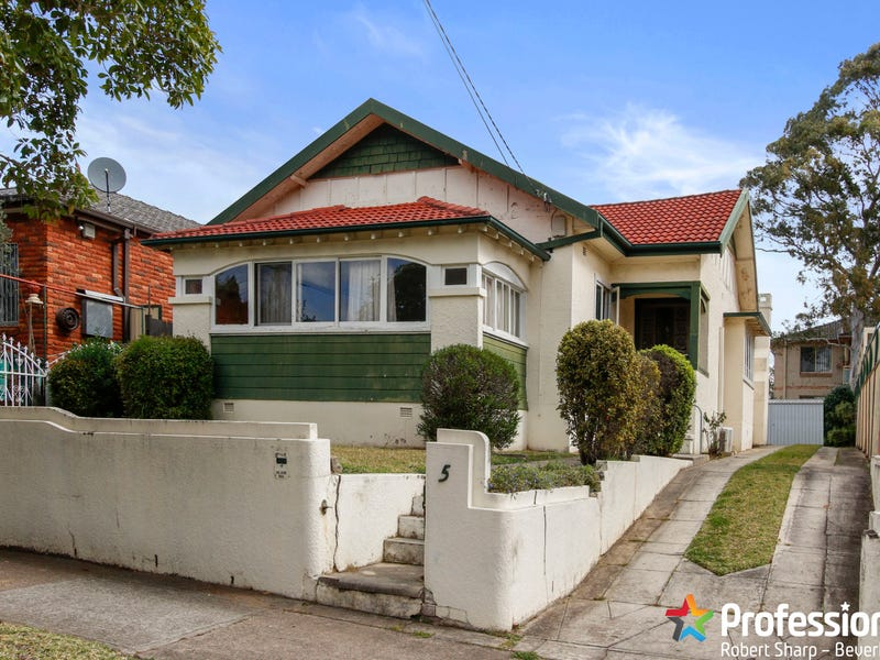 5 Hillview Street, Roselands, NSW 2196