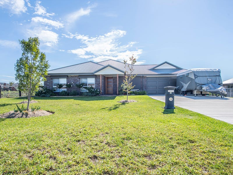11 Somerset Place, Scone, NSW 2337