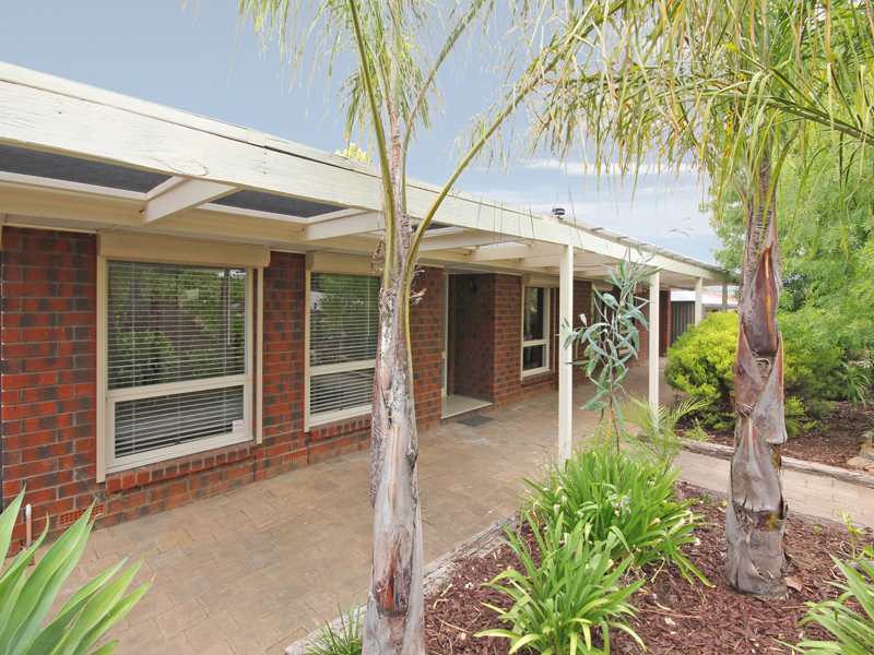 13 Byards Road, Happy Valley, SA 5159