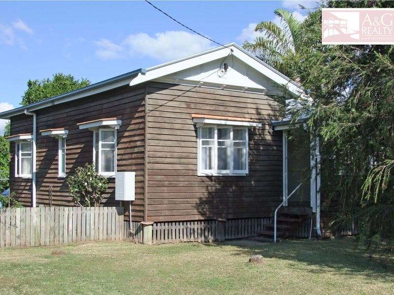 33 Melville St, Maryborough, Qld 4650