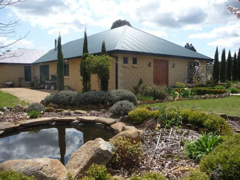 2289 Batlow Road, Laurel Hill, NSW 2649