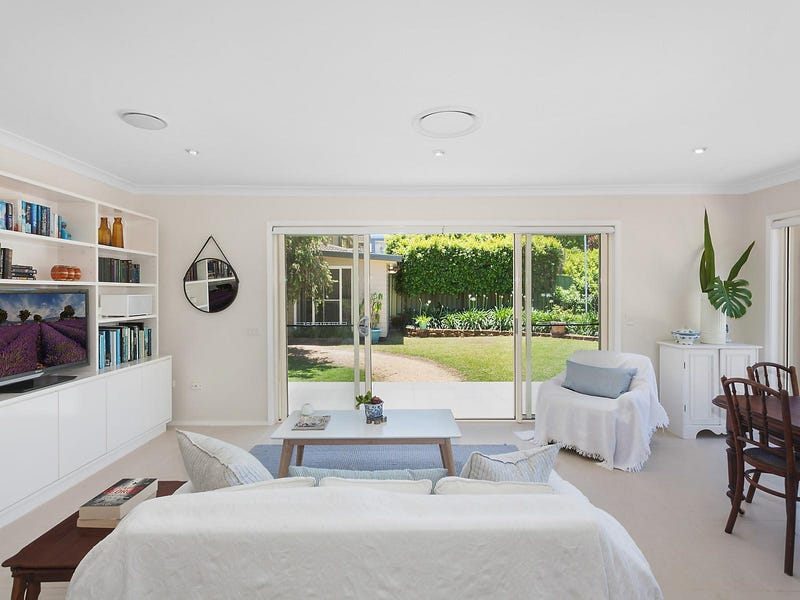 25 Windsor Road, Wamberal, NSW 2260
