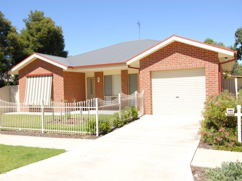 318 Henry Street, Deniliquin, NSW 2710