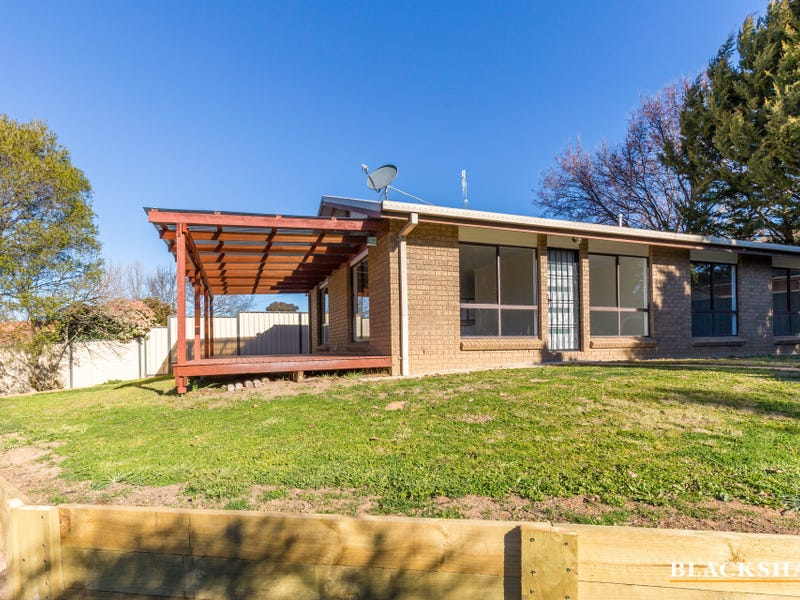 23 and 23A McKinley Circuit, Calwell, ACT 2905