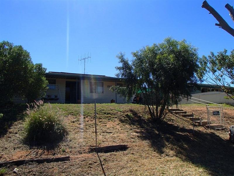 50 Lakeview Avenue, Sunset Strip, Menindee, NSW 2879