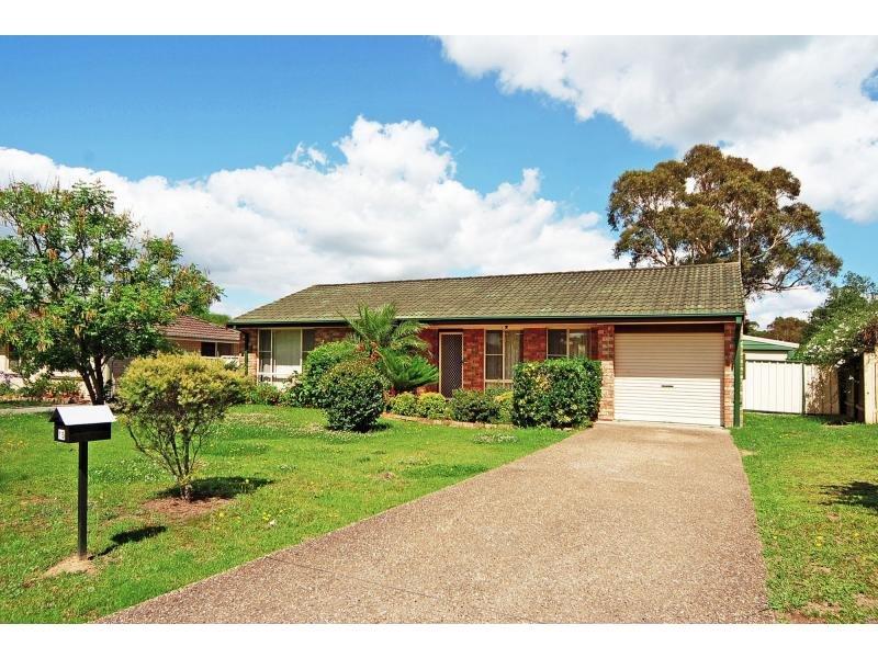 15 Balmaringa Avenue, North Nowra, NSW 2541