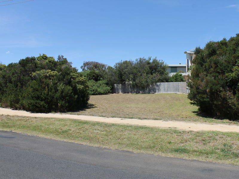 13 Beachcomber Avenue, Smiths Beach, Vic 3922