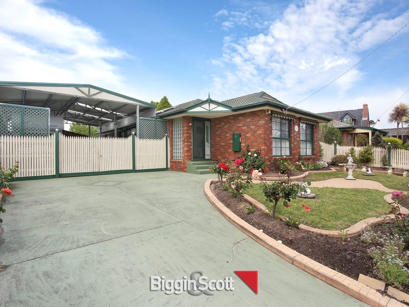 64 Monahans Road, Cranbourne, Vic 3977