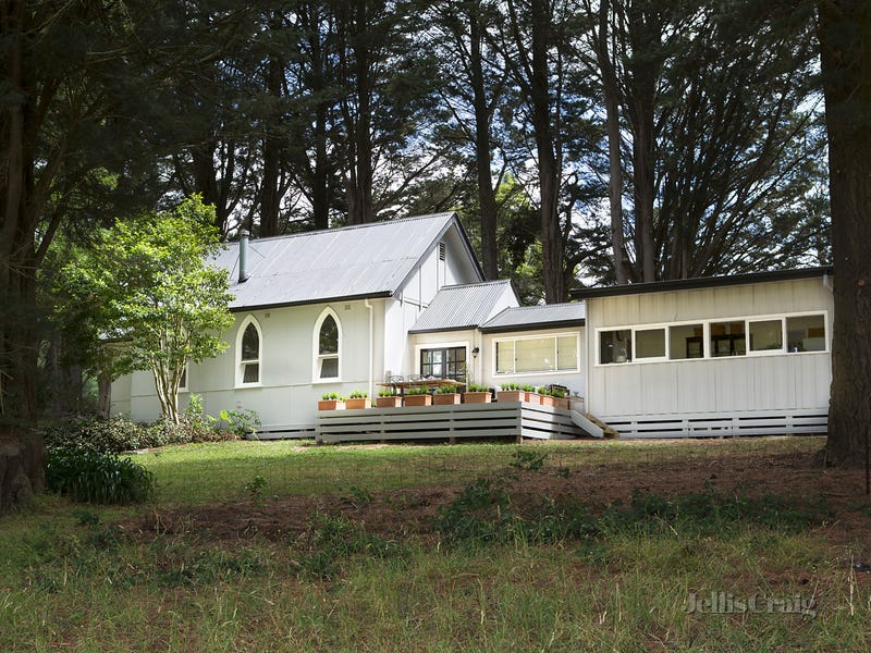 5 Dollar Hall Road, Dollar, Vic 3871
