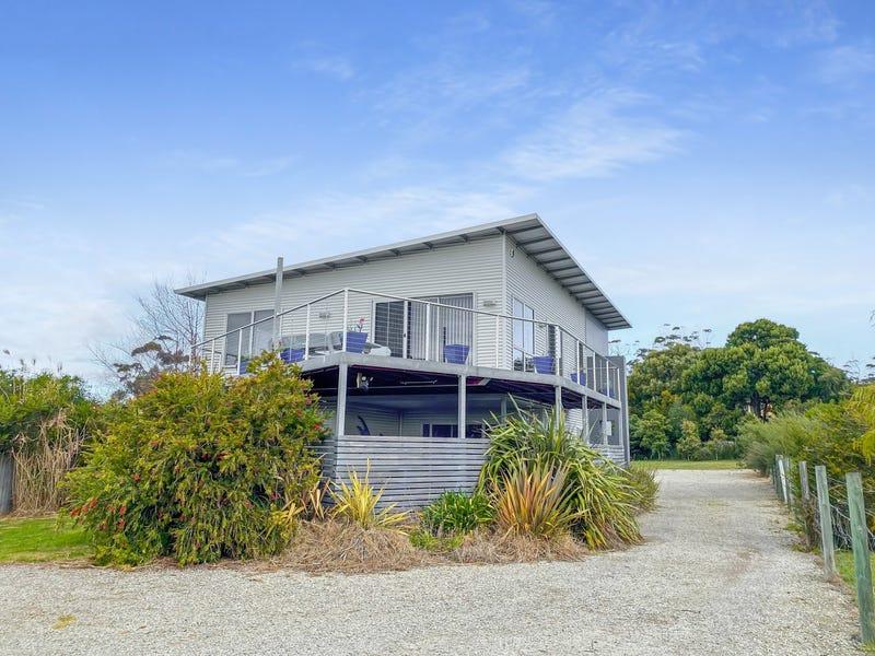 9 Barnett Close, Binalong Bay, Tas 7216