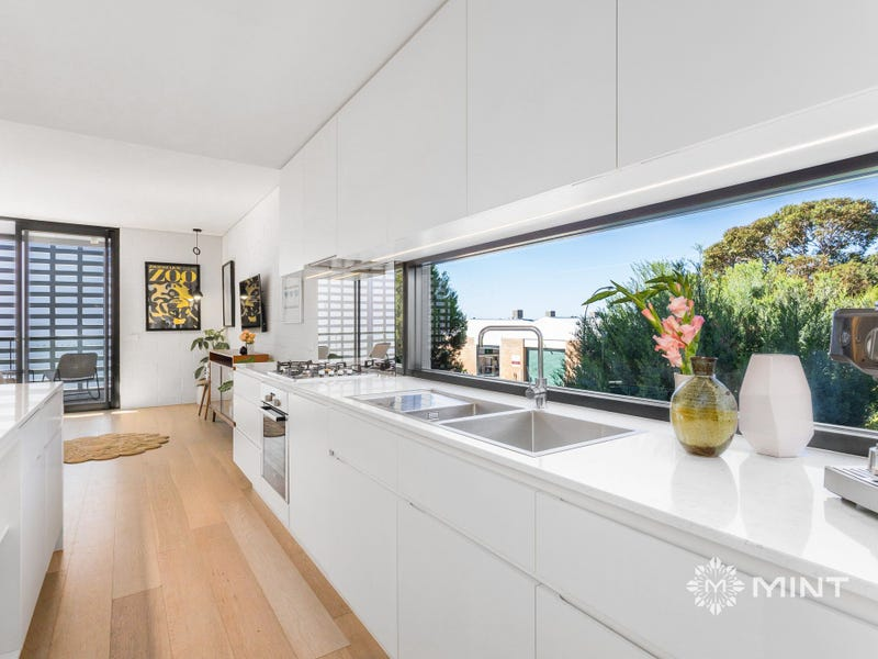 8/46 Knutsford Street, Fremantle, WA 6160