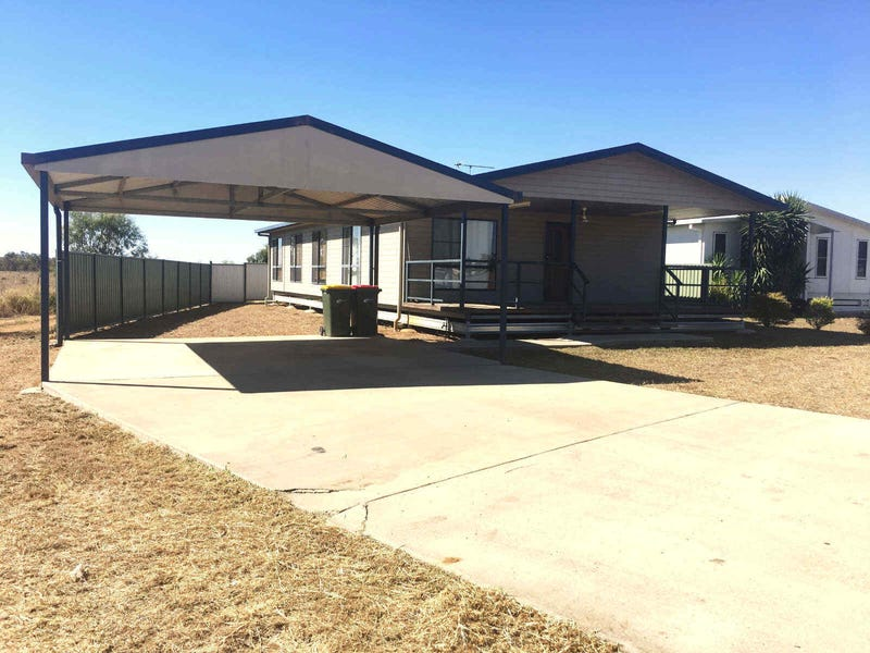 2  Hunter Street, Blackwater, Qld 4717