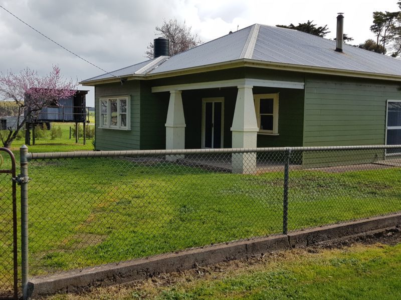 61 Tabor Siding Road, Tabor, Vic 3289
