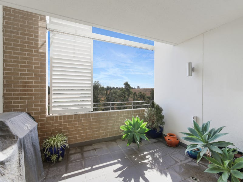 504/19 Hill Road, Wentworth Point, NSW 2127