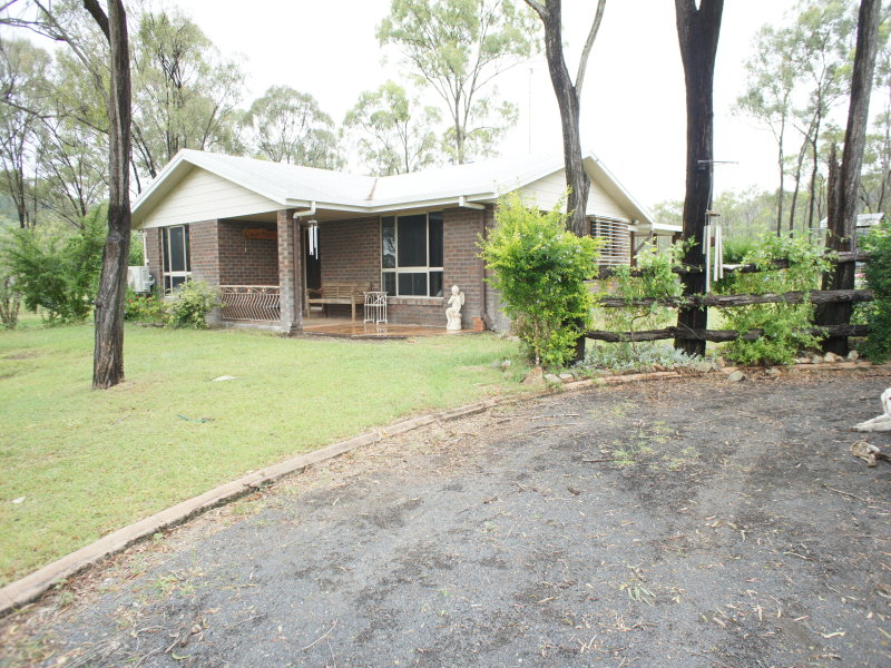 153 B  Thomasson Road, Wattlebank, Qld 4704
