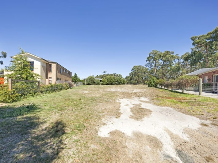 6 Leafy Retreat, Gisborne, Vic 3437