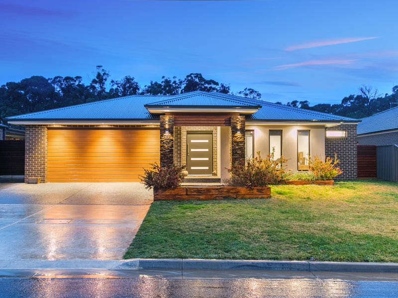 24 Greenhaven Court, Mount Clear, Vic 3350