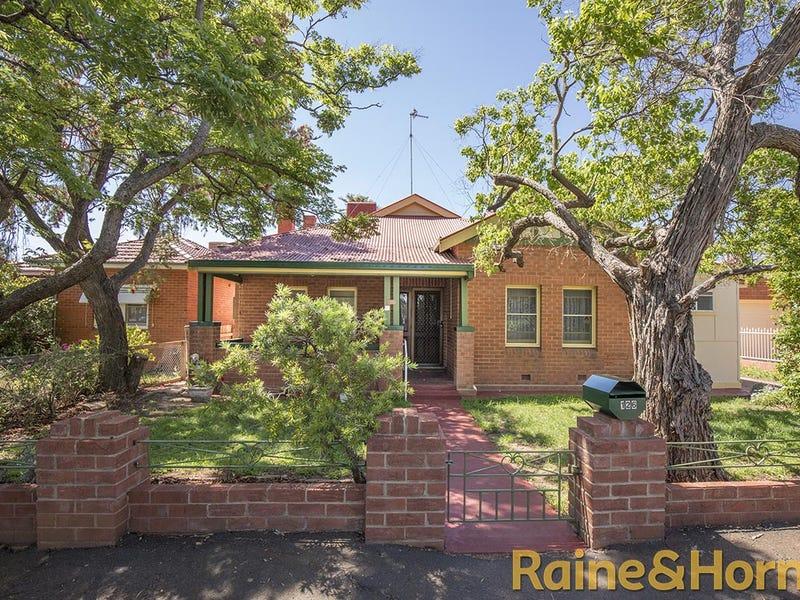 126 Bultje Street, Dubbo, NSW 2830