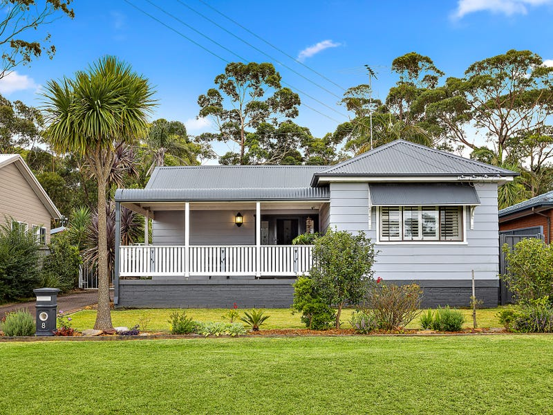 8 Annesley Avenue, Stanwell Tops, NSW 2508