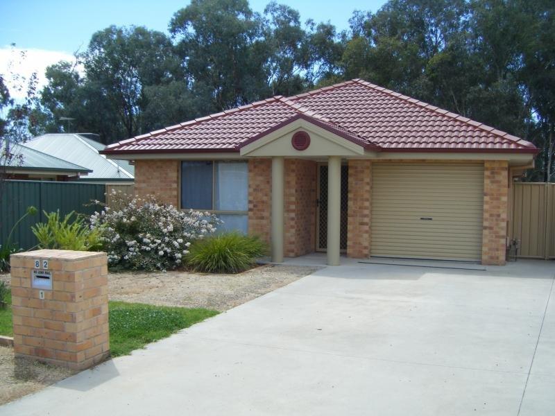1/82 Hotham Cct, Thurgoona, NSW 2640
