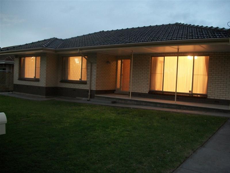 12 Maurine Terrace, Para Vista, SA 5093