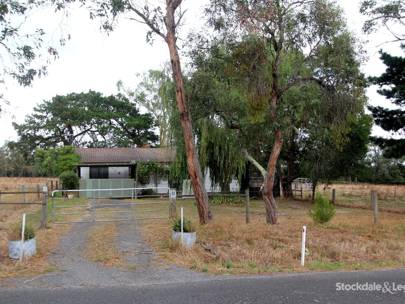 30 Whitelaws Track, Yinnar South, Vic 3869