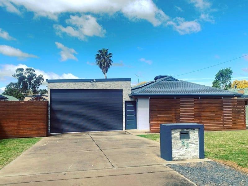 59 Vincent Road, Lake Albert, NSW 2650
