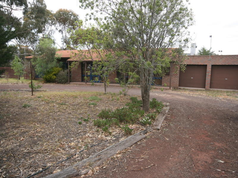 14 Little River Road, Little River, Vic 3211