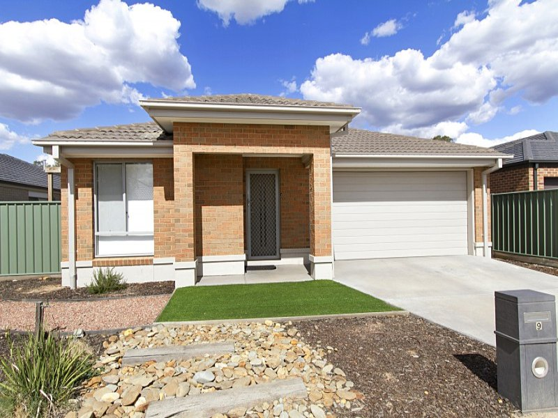 9 Caulfield Drive, Ascot, Vic 3551