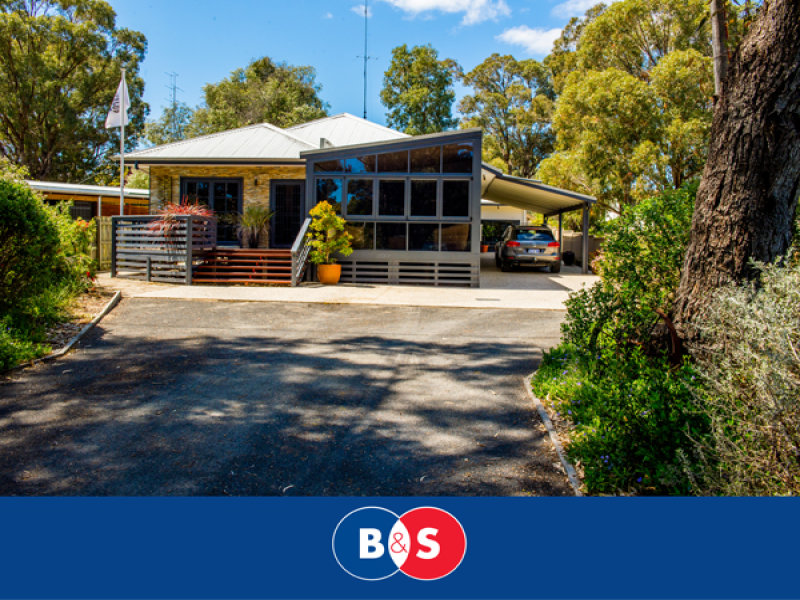 4 Smith Crescent, Myalup, WA 6220