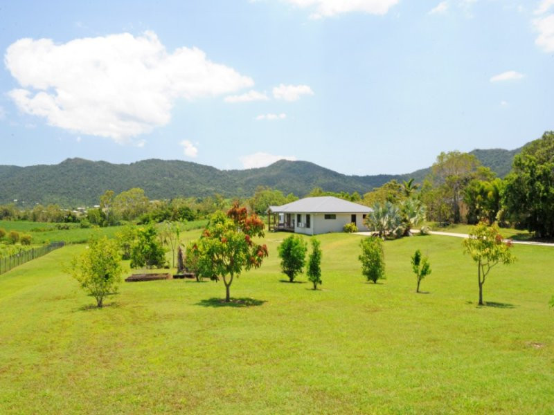 38 Tucker Road, Riordanvale, Qld 4800